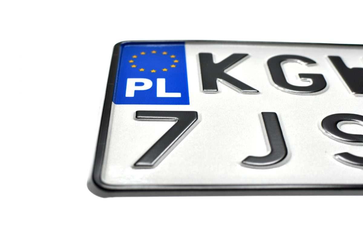 polska tablica rejestracyjna